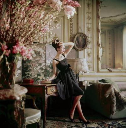 the-divine-dior-glamour-by-mark-shaw-L-tSdKSm