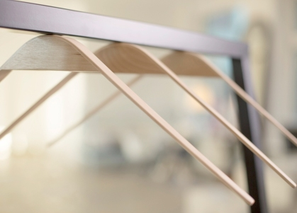 cliq-magnetic-hangers-designboom01