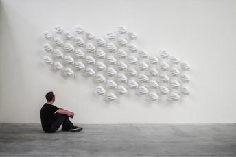 Hexi-Responsive-Wall-by-Thibaut-Sld-7