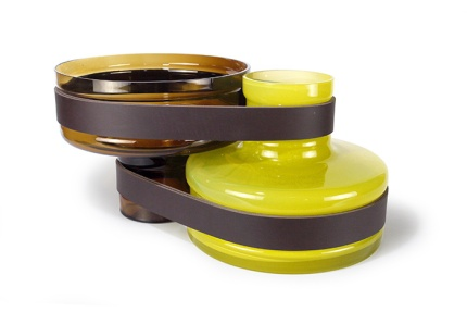 vase-twin_havane-et-jaune-vanessa-mitrani_pour-roche-bobois
