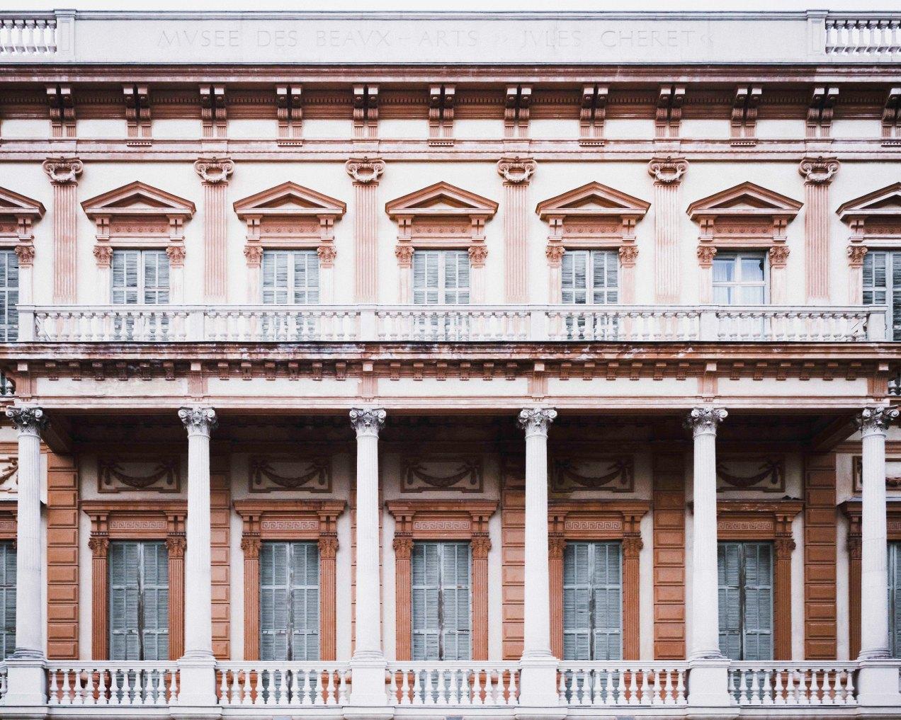 Palais des Beaux-Arts, Nice, gildalliere,2018-Modifier.jpg
