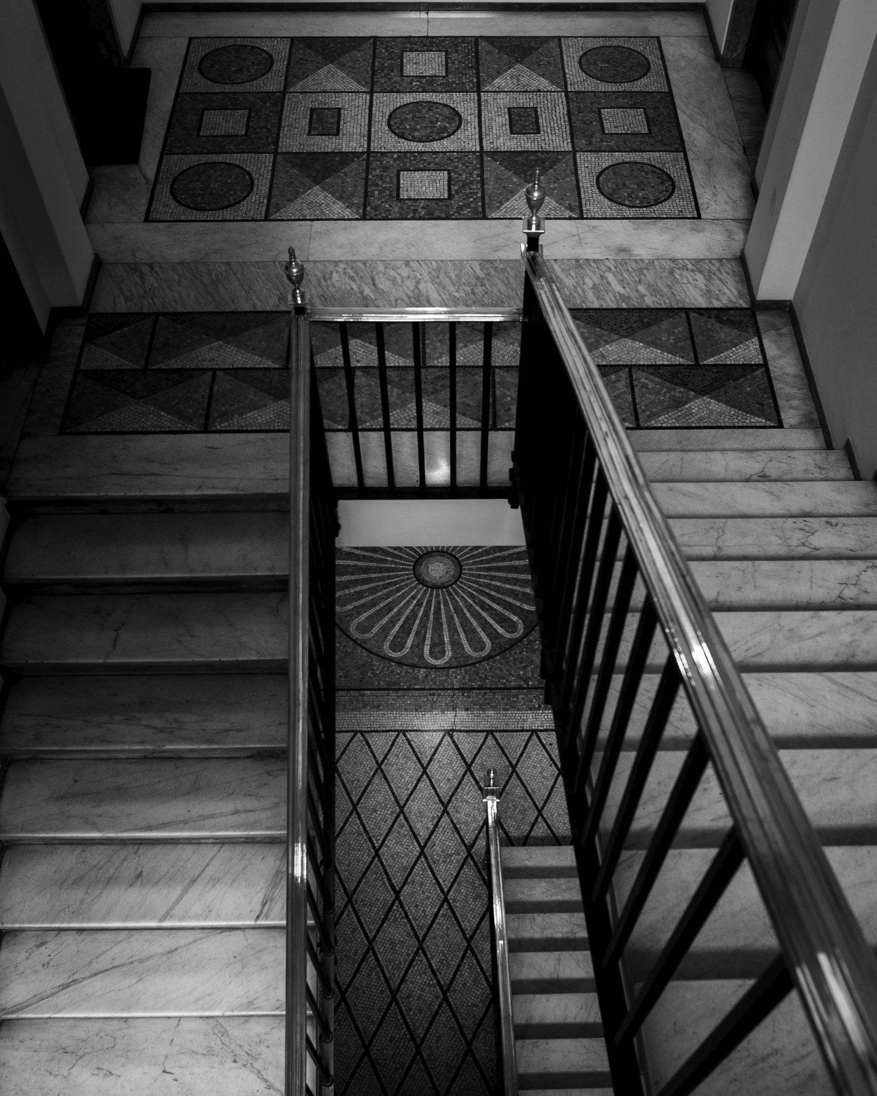 Motifs, cage d'escalier,Milan, gildalliere