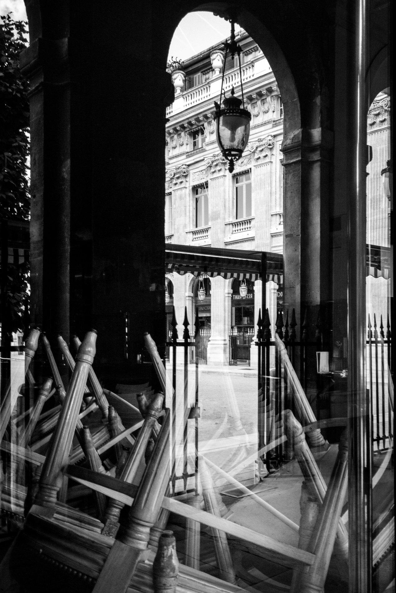 Vitrine palais royale, Paris, gildalliere, 2018DNG-Modifier.jpg