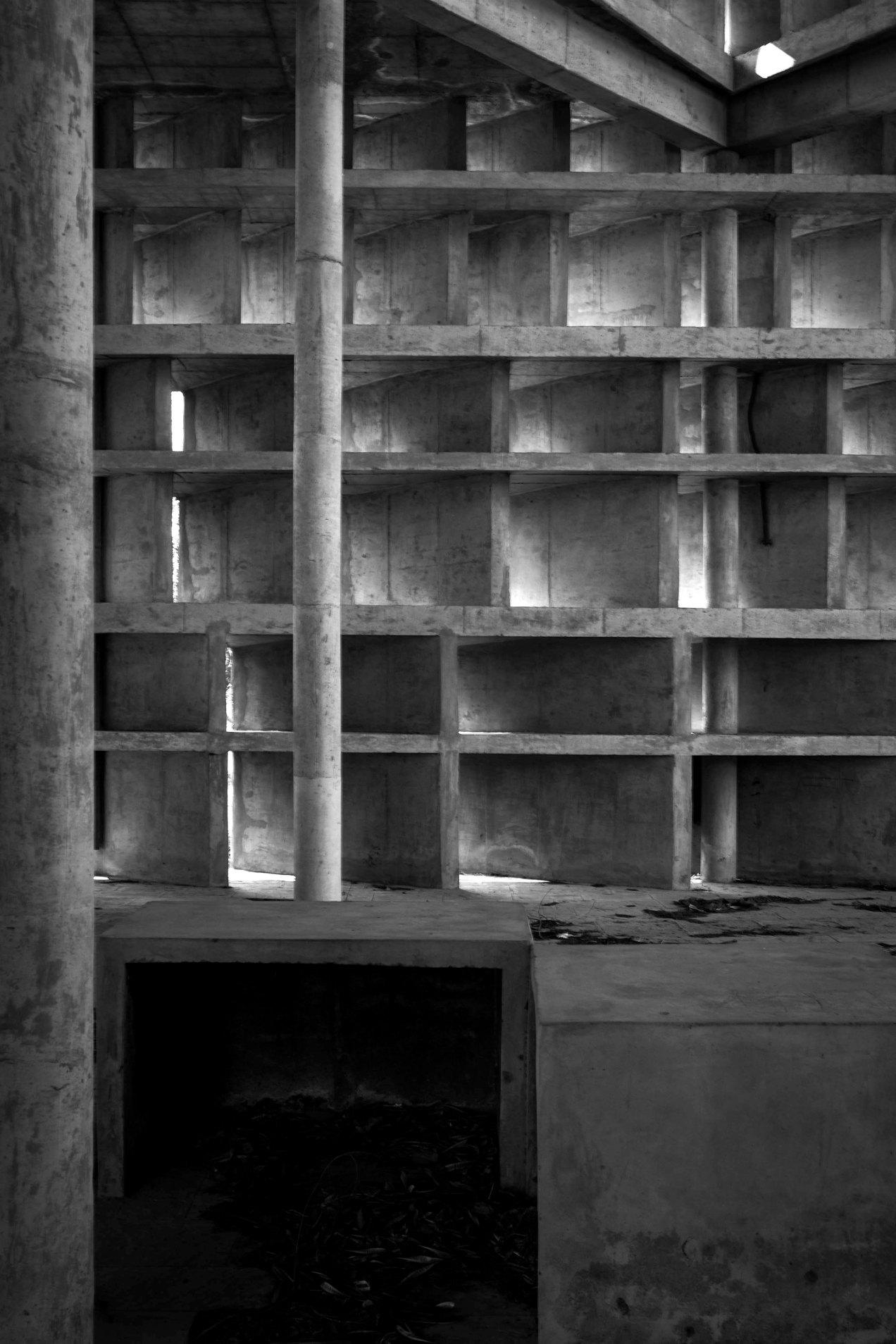 La tour des ombres, chandigarh, gildalliere, 2010.