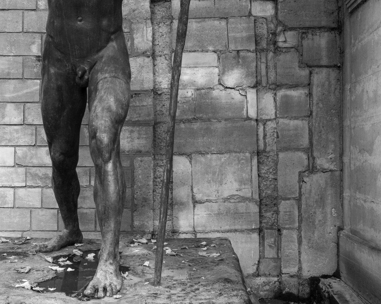 Sépulture d'Otto Klaus Preis, sculpture de Paul Landowski, cimetière de Montmatre, gildalliere, 2019