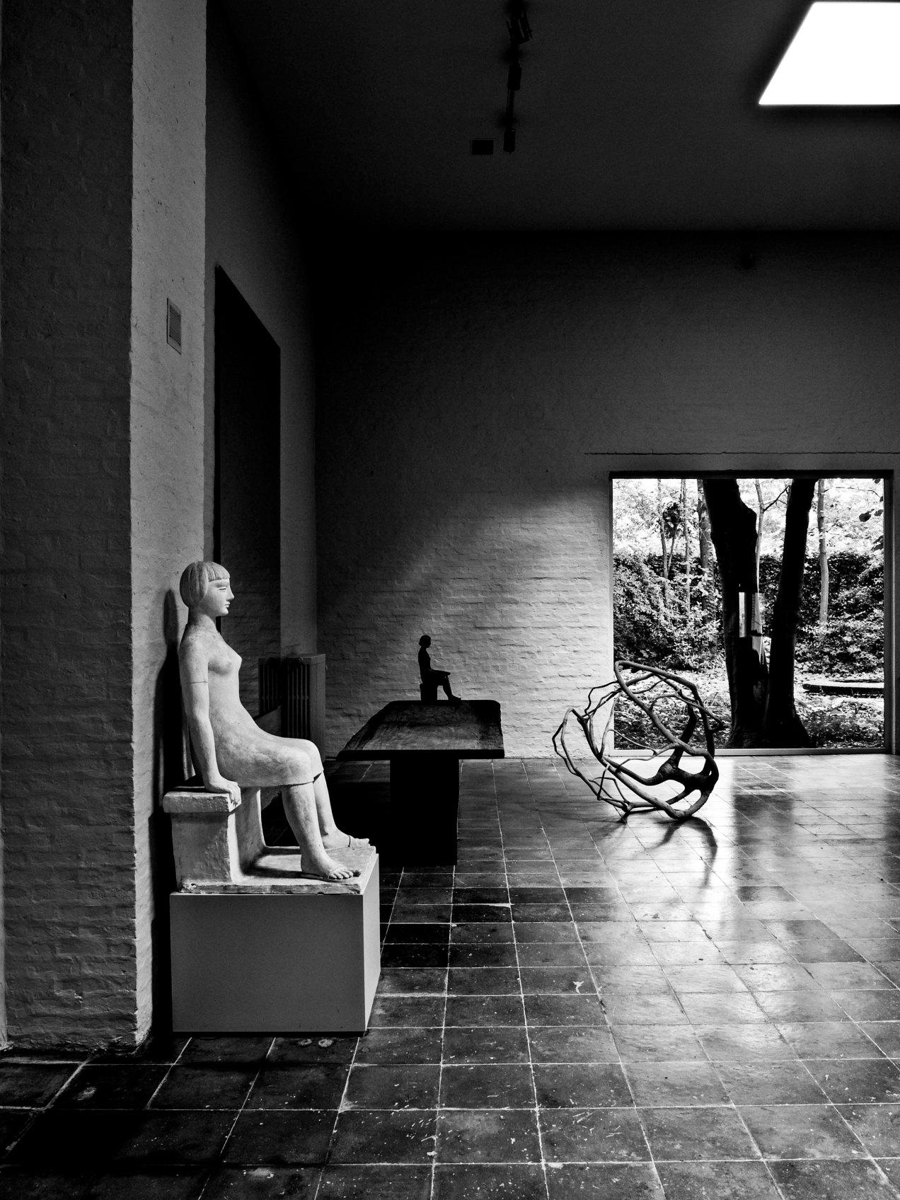 L'atelier du sculpteur, gildalliere, Vil, Belgique, 2011