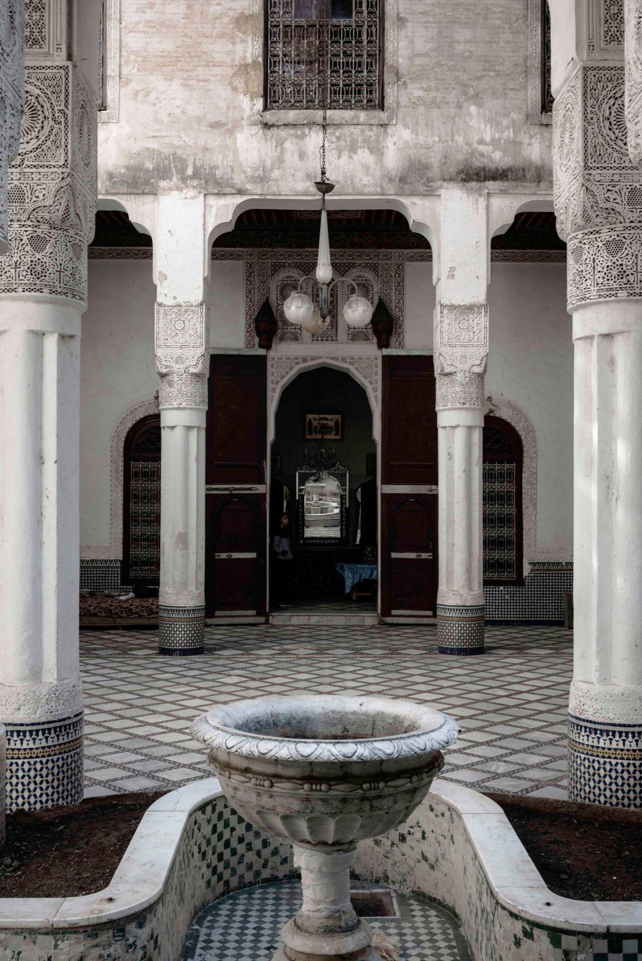 Fès intérieure, gildalliere, Fès, Maroc, 2020