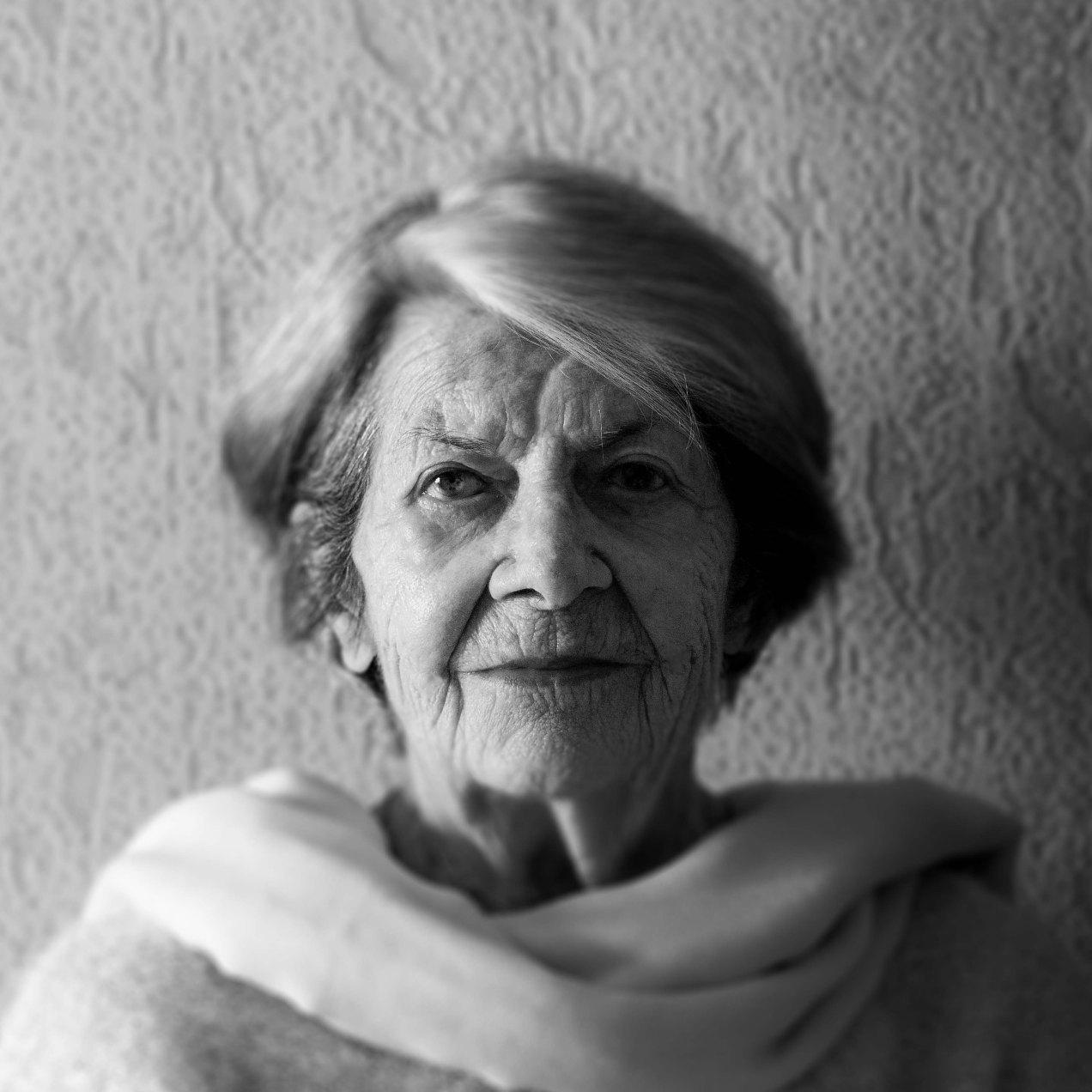 Maman, portrait, Nice, 2019
